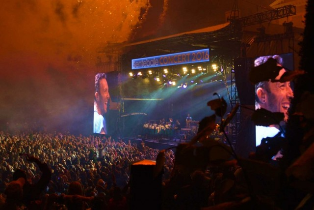 Coldplay-Concert-In-London-Kensington-Palace-Prestigious-Venues