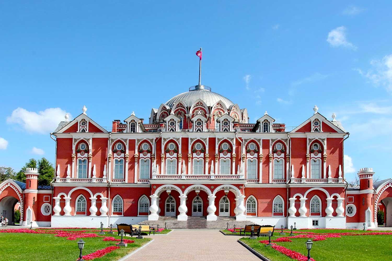 the-most-prestigious-fashion-event-venue-petroff-palace-prestigious-venues