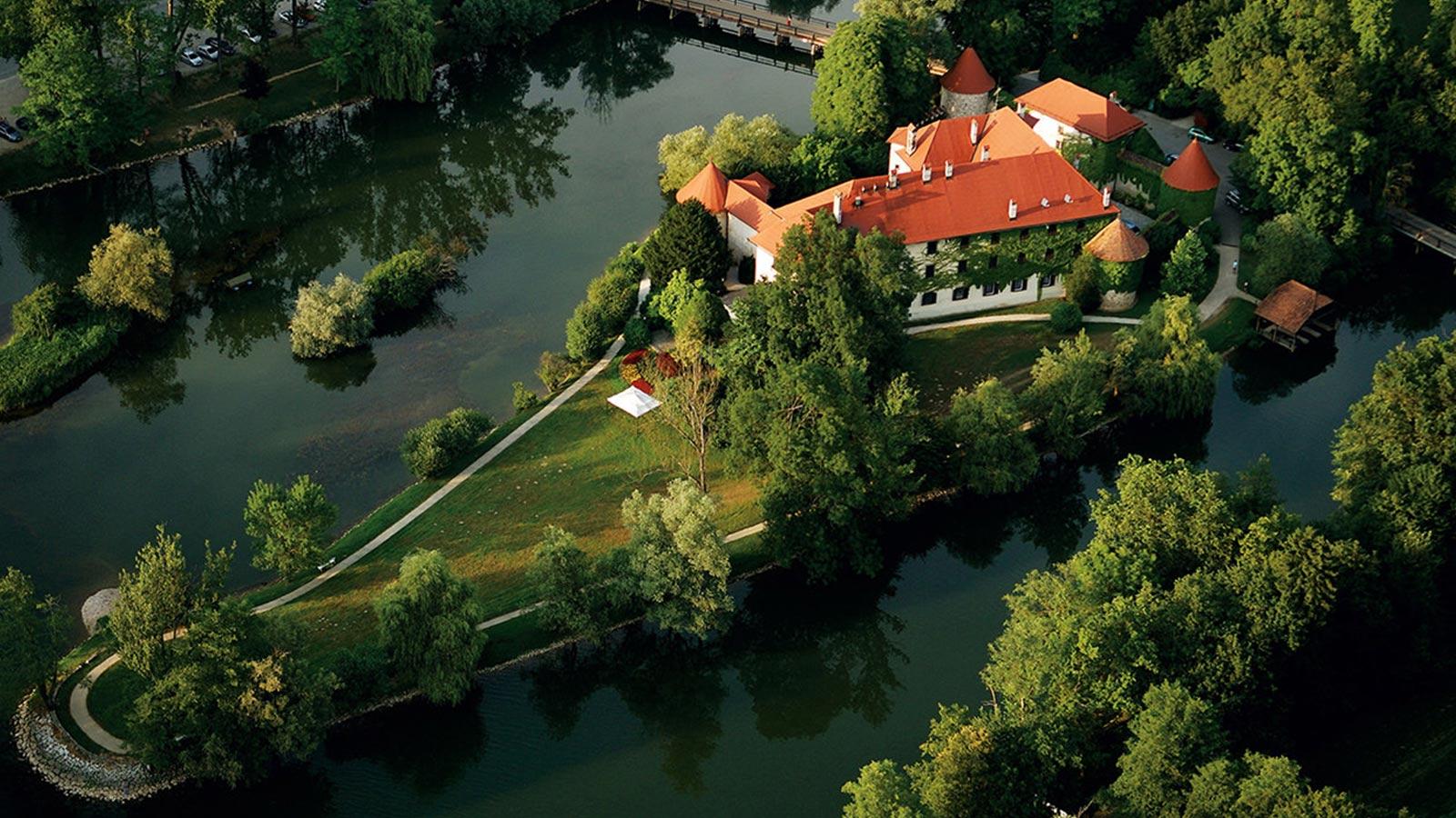 Castle Grad Otocec, Prestigious Venues, 2